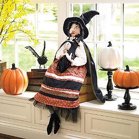 Batilda Witch Figure