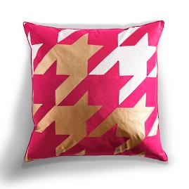Oversized Houndstooth Pillow in Magenta |
