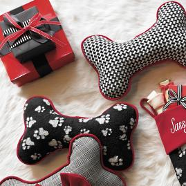 Houndstooth Holiday Bone Pillow