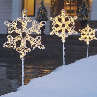 Pre lit snowflake pathway marker set of three grandin road for Pre lit outdoor decorations