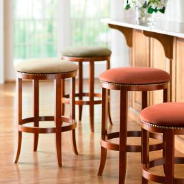 Classic Riverton Swivel Bar Stool
