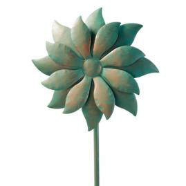 Kinetic Daisy Garden Art
