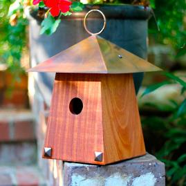 Avian Bungalow Hanging Bird House