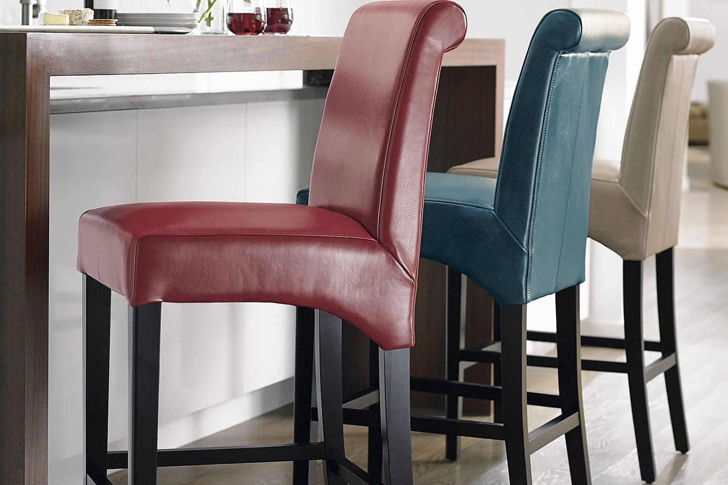 Bar Stools 5 Ways To Hang Out With Them Grandin Road Blog