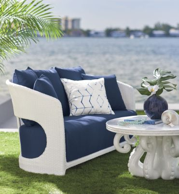 5 reasons to love outdoor deep seating