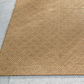 Quinn Diamond Outdoor Rug