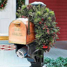 Mackinley Cordless Mailbox Swag