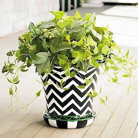 Lush Leaves Large Urn Filler