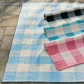 Leo Buffalo Plaid Outdoor Rug