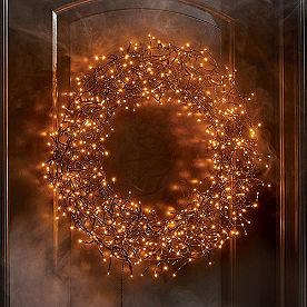 600-light Halloween Wreath