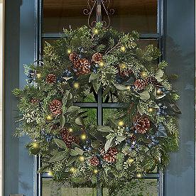 Blue Cedar Cordless Wreath