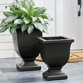 Augusta Easy-Care Planter