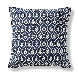 Vivienne Pillow