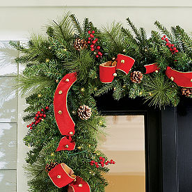 Sleigh Ride Cordless Garland with Ribbon