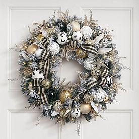 Flocked Ava Cordless Wreath