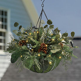 Blue Cedar Cordless Hanging Basket