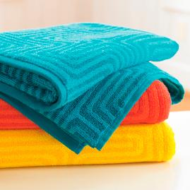 Trina Turk Amazing Maze Bath Towels