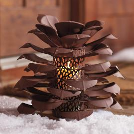 Pinecone Luminary