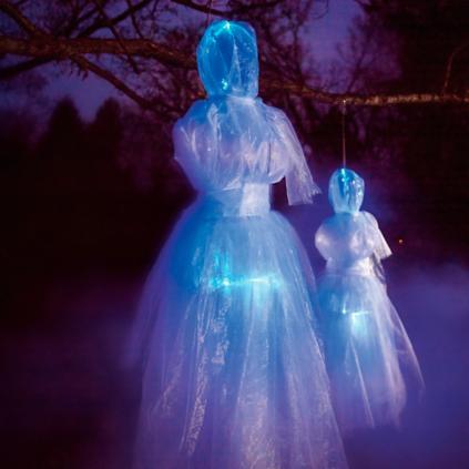 Pre Lit Hanging Ghost Lady Grandin Road