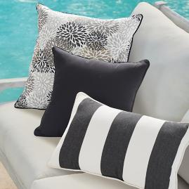 Piped Outdoor Square Pillow