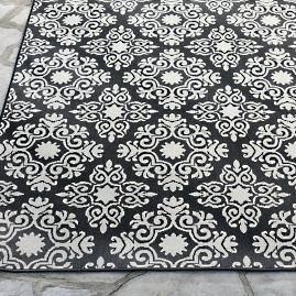 Lolita Damask Outdoor Rug