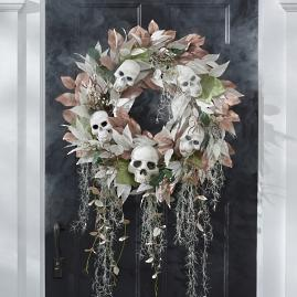 Ghostly Graveyard Wreath