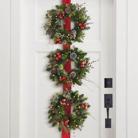 Hadley Holiday Cordless 3 Wreaths on Ribbon