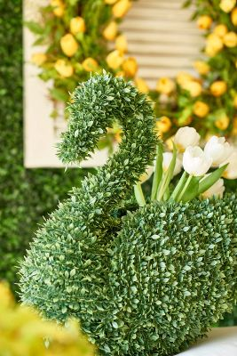 Pet Project Decorating With Faux Greenery Garden Animals Grandin Road Blog