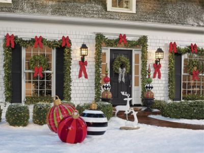 outdoor christmas front porch decorations
