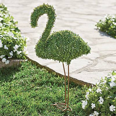 Flamingo Lawn & Garden Decor