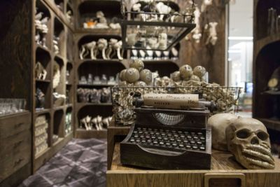 The Scare At Herald Square: Grandin Road Halloween Shop Opens At Macyu0027s NYC