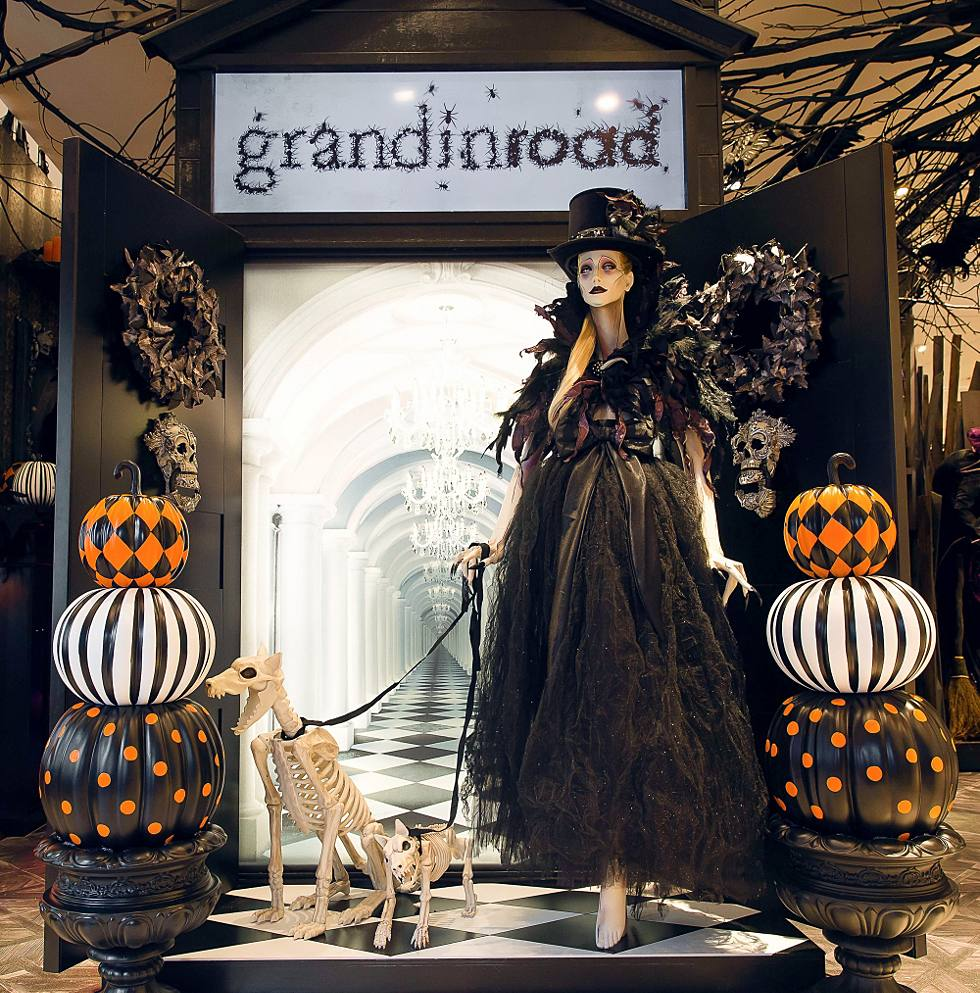 Halloween Shop Displays.The Scare At Herald Square Grandin Road Halloween Shop Opens At